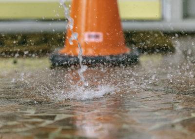 cone-and-water-splashing